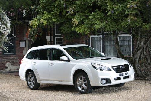 classique-et-muscle-car-ads-et-art-de-voiture-subaru-outback-20d-sz-lineartronic-version-uk-2013-voi