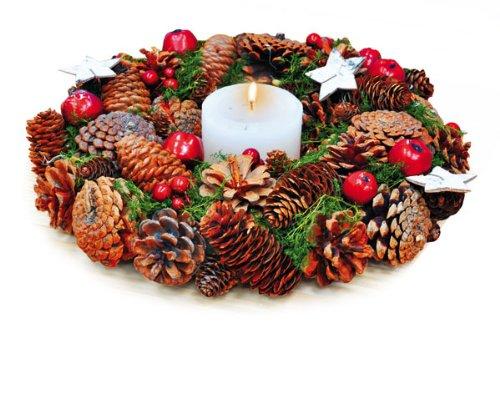 Centro tavola natalizi fai da te alcune idee da cui - Centro tavola natalizio con pigne ...