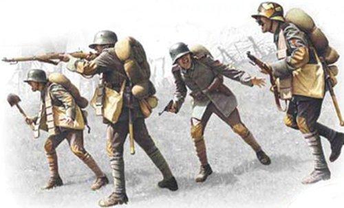 ICM modèles Allemand Assault Troupes 1917-1918 de Construction kit