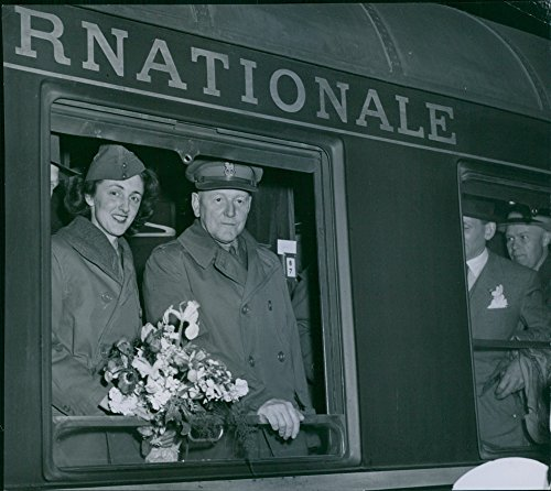 vintage-photo-of-brigadier-general-sir-robert-e-marriott-with-his-secretary-mrs-luson-aboard-the-nor