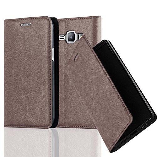 Cadorabo Funda Libro para Samsung Galaxy J1 2015 en MARRÓN CAFÉ – Cubierta Proteccíon con Cierre Magnético, Tarjetero y Función de Suporte – Etui Case Cover Carcasa