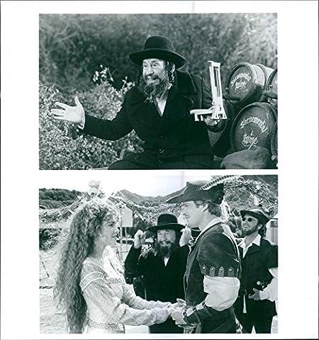 Vintage Photo de Mel Brooks, Amy yasbeck, CARY ELWES et Mark blankfield étoile dans un 1993américain Adventure Comédie Musical,