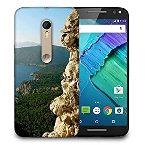 Snoogg Yellow Mountain Designer Protective Phone Back Case Cover For Motorola Moto X Style