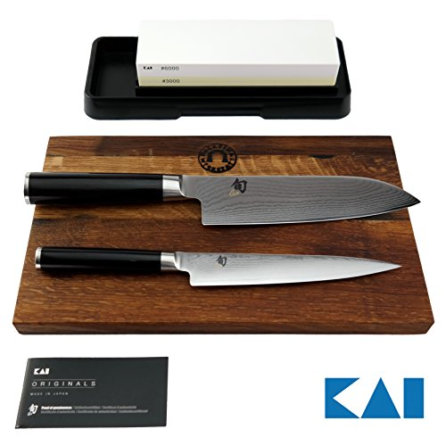 Exklusives Kai Shun Classic Geschenkset | Allzweckmesser DM-0701 | + Japanisches Santoku DM-0702 | +Schleifstein AP-316 | + Eichenbrett 30x18 cm | VK: 379,- € Kai Shun Santoku