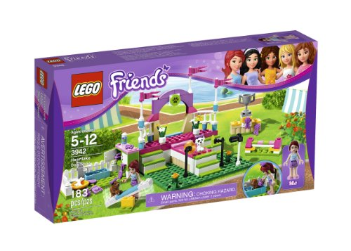 Lego-Friends-Heartlake-Dog-Show-3942