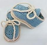 Patucos de ganchillo, hechos a mano, tipo deportivos, para bebés, de 0-3 meses. Temporada Primavera-Verano. 100% Algodón orgánico.