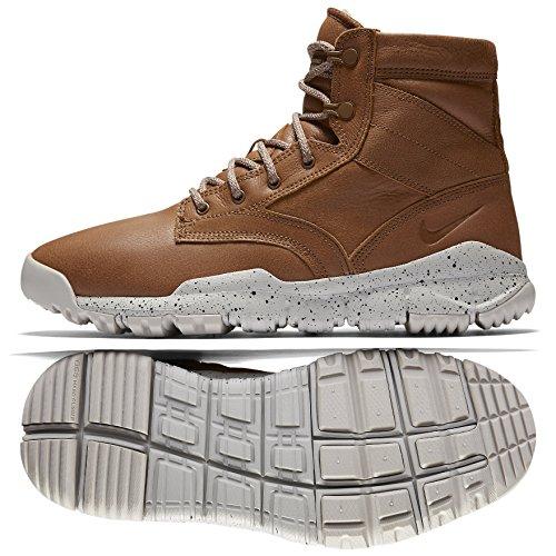 Nike 862506-200, Chaussures de Randonnée Homme Marron
