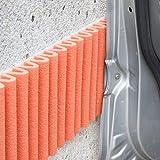 Paragolpes de pared Mondaplen (protector columnas garaje, coche): tiras de espuma protectoras autoadhesivas para acolchar cualquier superficie en su hogar u oficina. Utilizadas muy comúnmente en muros de garajes para proteger las puertas de los coches. Cada paquete contiene 2 tiras de ≈ 1.35 m x 17 cm. Color: Naranja