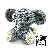 David der Elefant - Amigurumi - Gefüllte Puppe - Gehäkelte - Handgefertigt - Embroidered eyes - Crafter Twins