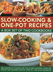 Slow-Cooking & One-Pot Recipes: A box set of two cookbooks: 400 fantastic dishes for the slow cooker, oven or stove top, shown step by step in 1700 photographs by Atkinson, Catherine (2011) Gebundene Ausgabe