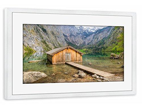 artboxone-poster-mit-rahmen-30x20-cm-natur-reise-hutte-am-obersee-braun-gerahmtes-poster-weiss-wandb