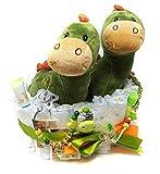 Elfenstall Windeltorte/Pamperstorte mit Spielzeug und Schnullerkette als tolles Geschenk/Geschenkset zur Geburt oder Taufe auf Wunsch mit Name des Babys mit süßem Dino Stofftier