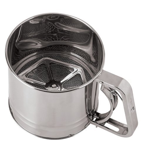 Paderno World Cuisine 4-3/4-Inch Diameter Stainless Steel Flour Sifter with Tinned Mesh by Paderno World Cuisine Paderno World Cuisine Mesh
