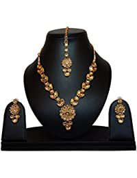 Kundans Jewellery Set With Maang Tikka For Women - Kundan Necklace Set With Maang Tikka By FreshVibes