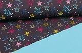 Qualitativ hochwertiger Softshell Stoff mit bunten Sternen