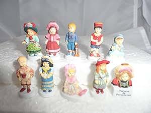 Fève des rois collection Les Poupées - Trésors de Porcelaine Royale + 1 série complète surprise offerte + 1 couronne fantaisie offerte