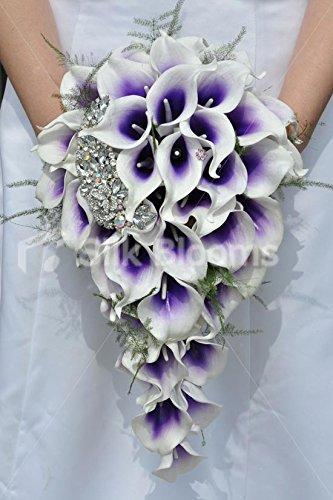 purpura-vermeer-lily-y-broche-en-forma-de-lagrima-suite-ramo-de-la-boda