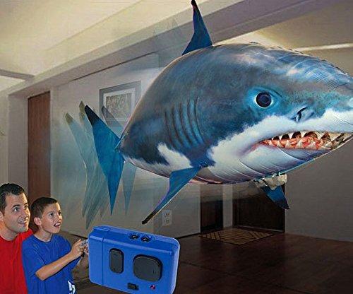 L'esclusivo Flying Shark! Incredibile squalo volante radiocomandato - pesce squalo che vola air bather swim through gonfiabile teleconandato swimmers the air galleggiante travelers remote control nuota nell'aria rc r/c giocattolo bambino bambina bambini bimbi bimbo bimba balloon baloon white shark