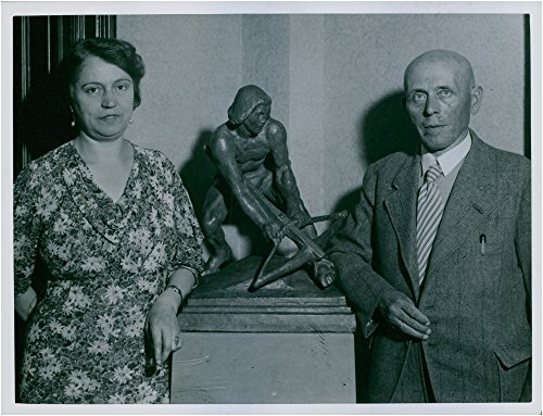 vintage-photo-of-director-adolf-henkel-and-his-wife