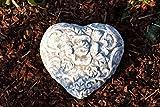 Stone and Style Grabschmuck Garten Deko Herz Rankenmuster
