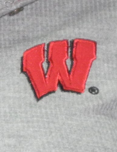 NCAA Wisconsin Badgers Femme Slim Fit Pullover Long Sleeve Hooded Shirt Gris