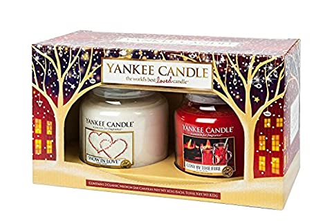 Yankee Candle - Christmas 2015 - 2 x Medium Jar Set - Cosy By The Fire and Snow in Love