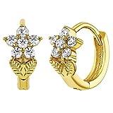 774102098dc6 In Season Jewelry - Chapado en Oro 18k Cristal Claro Aretes de Flor para  Niñas 7mm