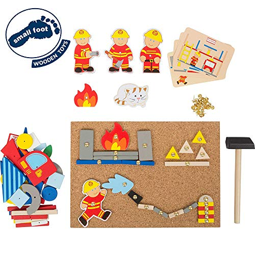 """small foot 10581 Hämmerchenspiel """"Feuerwehr"""" aus Holz, Korkboden mit Motiven der Feuerwehr zum Hämmern, ab 6 Jahren"""