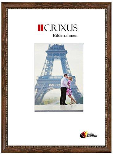 Crixus40 Echtholz Bilderrahmen für 14 x 11 cm Bilder, Farbe: Nuss Braun mit Goldverzierung, Massivholz Rahmen in Maßanfertigung mit Acryl Kunstglas (Bruchsicher) und MDF Rückwand, Rahmen Breite: 40 mm, Aussenmaß: 20,9 x 17,9 cm