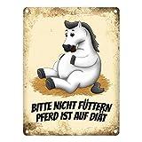 trendaffe - Metallschild mit weißes Pferd Motiv und Spruch: Bitte Nicht füttern - Pferd ist auf Diät