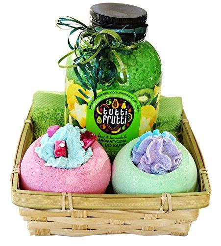 """Geschenkset zum baden 5 tlg. """"Grüne Welle"""", Badesalz Kiwi – Sternfrucht, 2x Badebombe, Seiftuch grün 30 x 30 cm im Badeset als Geschenkkorb verpackt"""