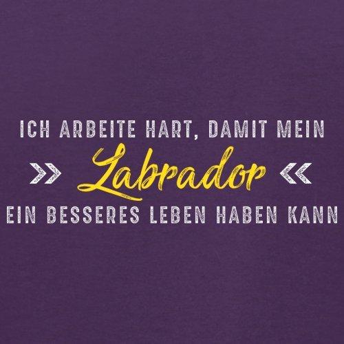 Ich arbeite hart, damit mein Labrador ein besseres Leben haben kann - Herren T-Shirt - 12 Farben Lila