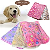 Pet Blankets Dogs Blankets Super soft warm coral velvet kennels cushions Cat and dog blankets supplies (S, White)