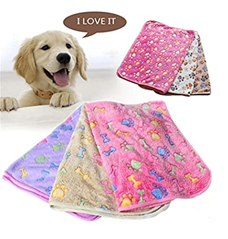 Pet Blankets Dogs Blankets Super soft warm coral velvet kennels cushions Cat and dog blankets supplies (M, Pink)