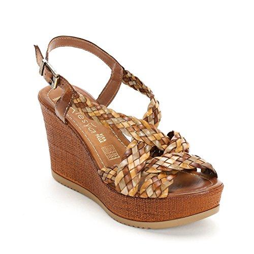 ALESYA by Scarpe&Scarpe - Schuhe mit Keilabsatz und Flechten-Detail, Leder Braun