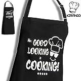 KIRANDO - Lustige Kochschürze / Grillschürze - Mr. Good Looking is Cooking - Beste Qualität & Verarbeitung - 100% Baumwolle 200gr/m2 - Latzschürze mit 2 Taschen - Geschenk für Männer