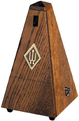 WITTNER 808 Metronome Pyramid shape wooden casing - Oak brown matt