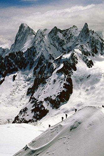 einem 30,5 x 45,7 cm Fotografien Print Foto von Chamonix Aiguille du Midi View des Mont Blanc-Massiv Französische Alpen Frankreich Europa Hochformat Foto Farbe Bild Fine Art Print