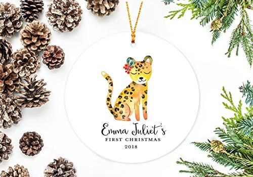 Personalisiertes Kinder-Ornament Baby 's First Christmas, Gepard mit Stechpalme