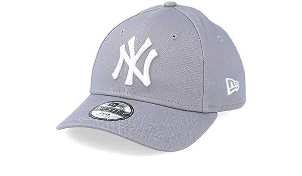 a4f943e7d12 New Era Kids NY Yankees Basic Grey 940 Adjustable  Amazon.co.uk  Clothing