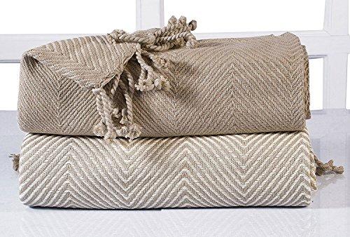 EHC Juego de dos mantas de algodón de lujo en color beige y estampado de chevrón, de 125x 150cm.