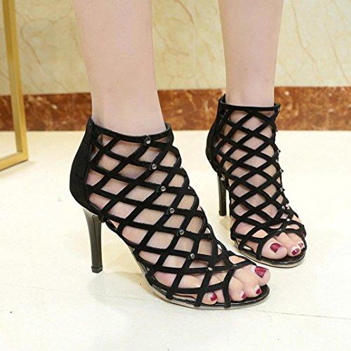 Longra Solido colore moda donne pu superiore materiale peep toe tacchi alti scarpe rivetto romano gladiatore sandali Nero