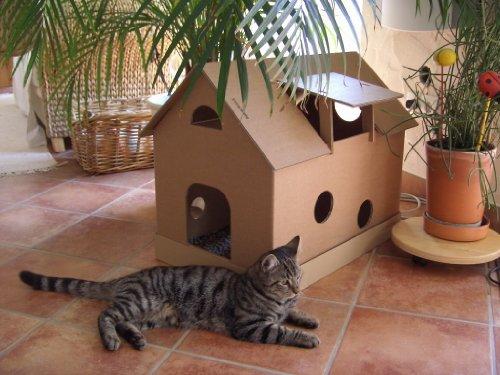 *Katzenhaus aus Wellpappe mit Mäusehäuschen – Katzenkorb, Katzenhöhle*