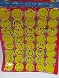 Packung von 30 Großes Partygeschenk, Spielzeug Geschenk Gelb Smiley Glückliches Gesicht Retro 4.5cm Durchmesser Abzeichen aus London Von Fat-catz