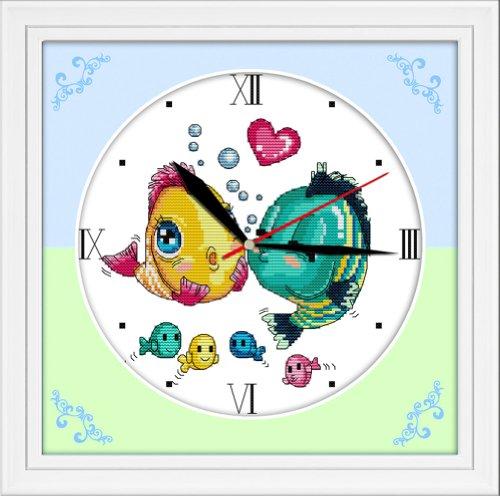 Croix deux embrassant Fishers Horloge murale 14 fils 31 cm x 31 cm