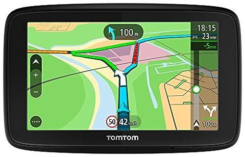 TomTom Via 53 EU-Traffic Navigationsgerät (13 cm (5 Zoll), Updates per WiFi, Smartphone Benachtrichtigungen, Lebenslang Karten Updates (Europa), Lebenslang TomTom Traffic) (Navi Sprachsteuerung)