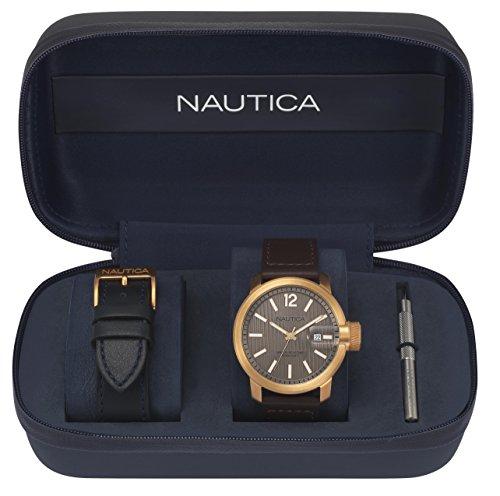 Nautica Homme Analogique Classique Quartz Montre avec Bracelet en Cuir NAPSYD013