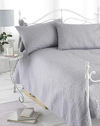 Ideal Textiles Couvre-Lit matelassé en Relief Gris Réversible, Gamme Parisienne, Comprend 2 Housses, 240 cm x 260 cm, Taille Double/King par