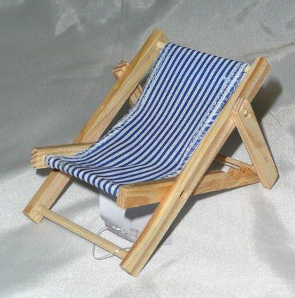 Preisvergleich Produktbild LOLLIPOP® 1 Stück 'Holz-Sonnenliege', weiß-blau-gestreift