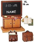 Unbekannt große 3-D Figur -  Schultafel / Kreidetafel  - incl. Name - Miniatur - 18,8 cm - Tischdeko aus Kunstharz / Gilde Clown - zur Einschulung Zuckertüte / Schule..